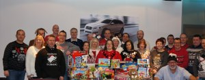 kids-out-presents-group-picture